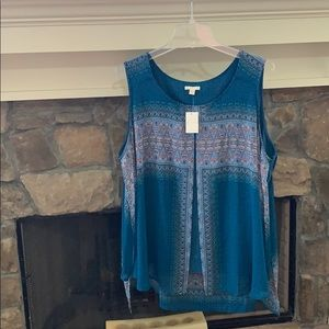 NWT est. 1946 Multi-colored SS Top 26/28W🎉